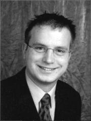 Christian Wobst, geboren 1979 in Frankfurt/Oder und aufgewachsen in Chemnitz, studierte von 2002 bis 2006 an der Westsächsischen Hochschule Zwickau Wirtschaftswissenschaften.