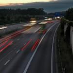 Autobahn Nacht Transport LKW Straße